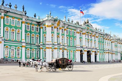 کاخ زمستانی، شاهد خاموش سه قرن تاریخ سن پترزبورگ