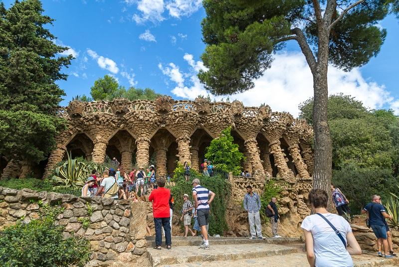 پارک گوئل اسپانیا - ایوار