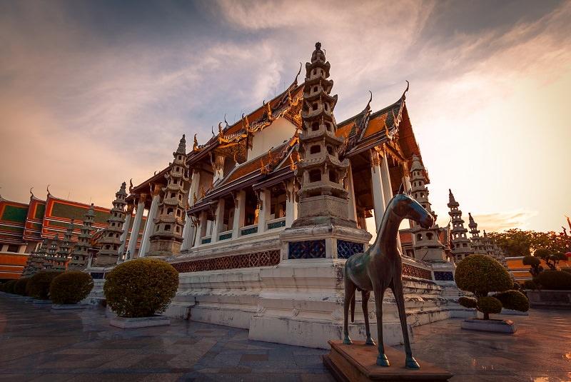 معبد وات سوتات | Wat Suthat