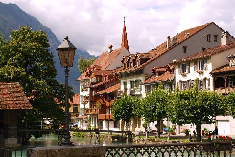 جاذبه های گردشگری اینترلاکن سوئیس