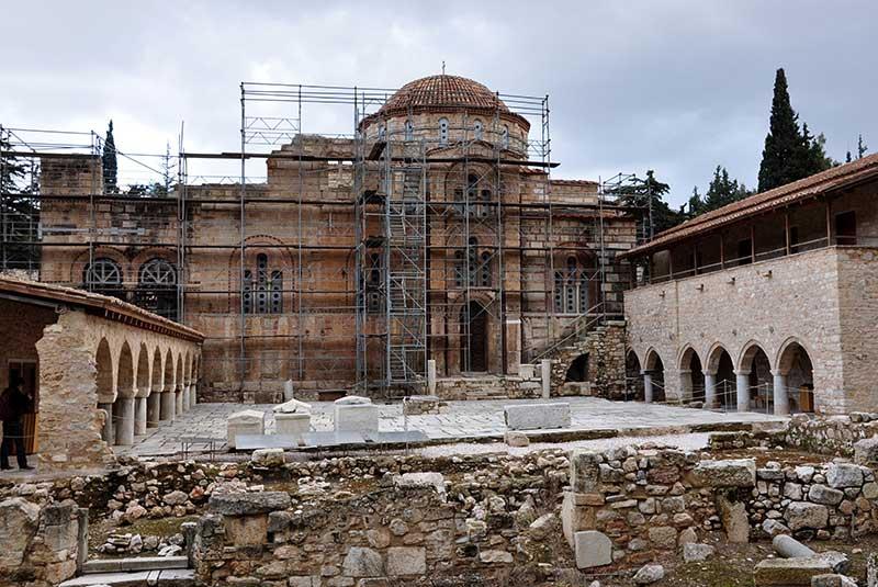 معبد دفنی یونان