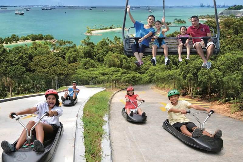 لوژ سواری در سنتوزا سنگاپور