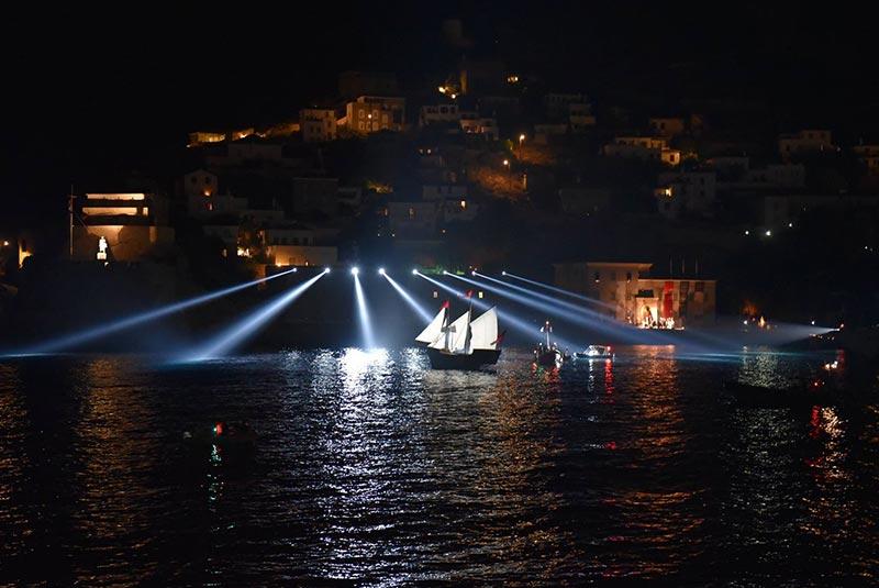 فستیوال های یونان