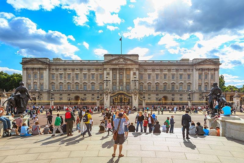 قصر باکینگهام لندن