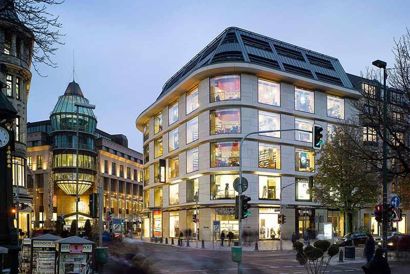 خیابان کونیگ سالی در دوسلدورف