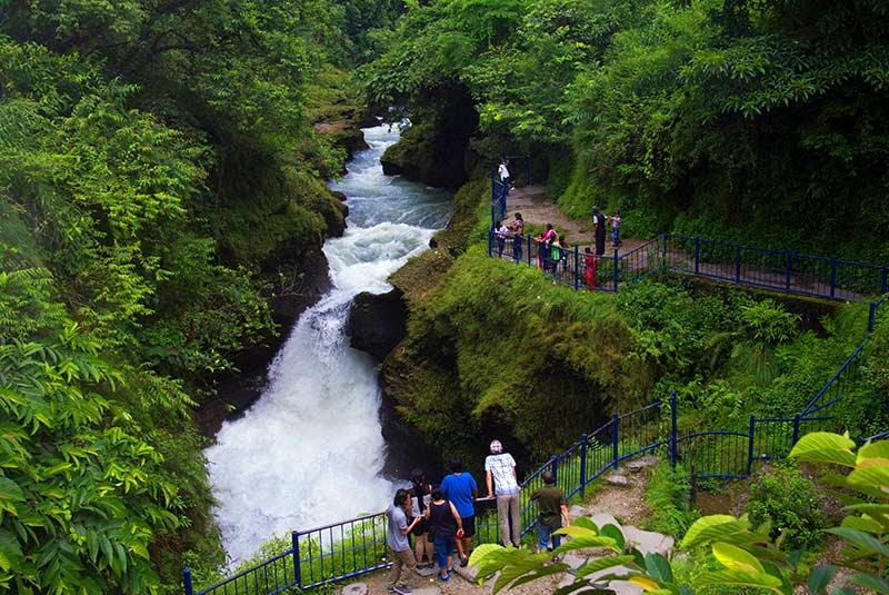 آبشار دوی در پخارا