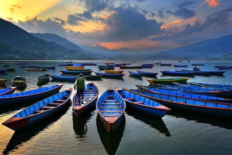 دریاچه ی فیوا در نپال