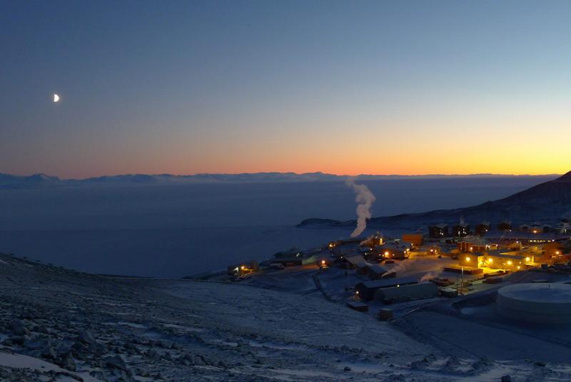 ایستگاه مک موردو در قطب جنوب