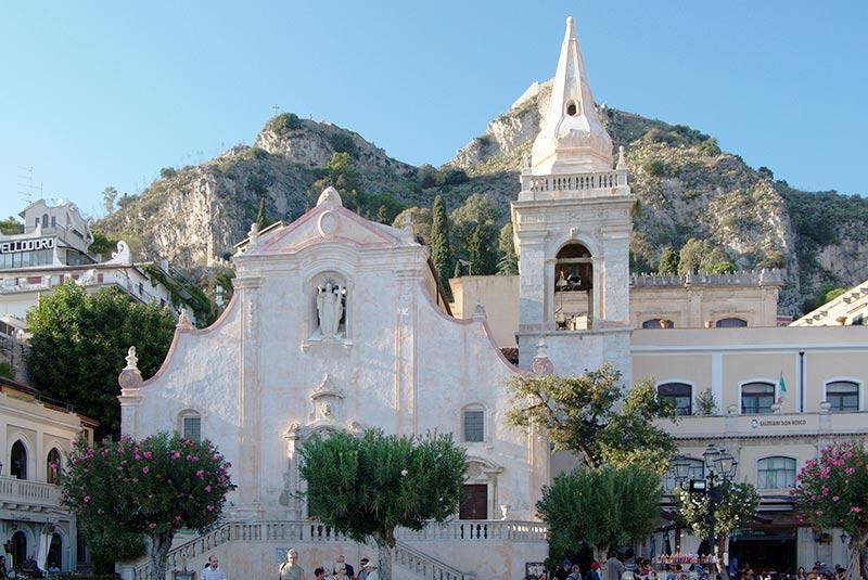 کلیسا سانتو استفانو