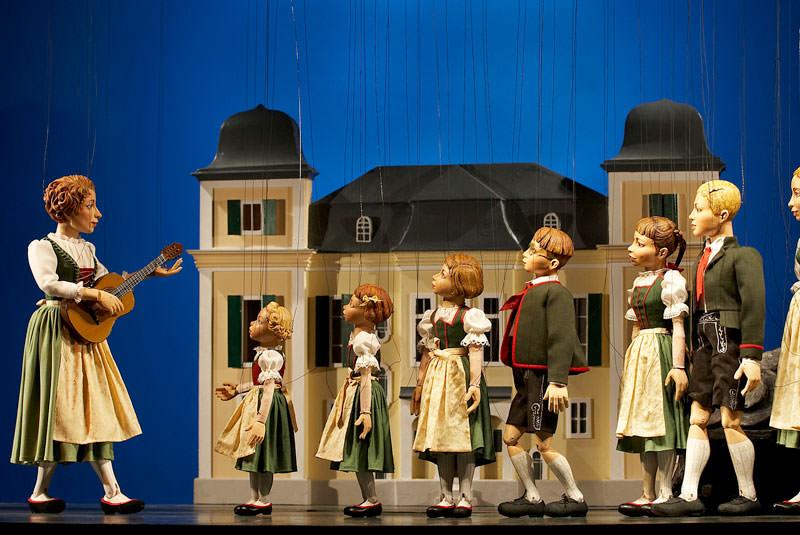 نمایش خیمه شب بازی سالزبورگ