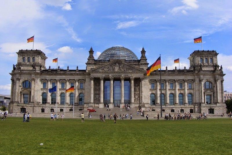 ساختمان رایشتاگ برلین