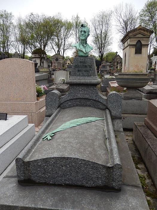 قبرستان پرلاشز پاریس فرانسه