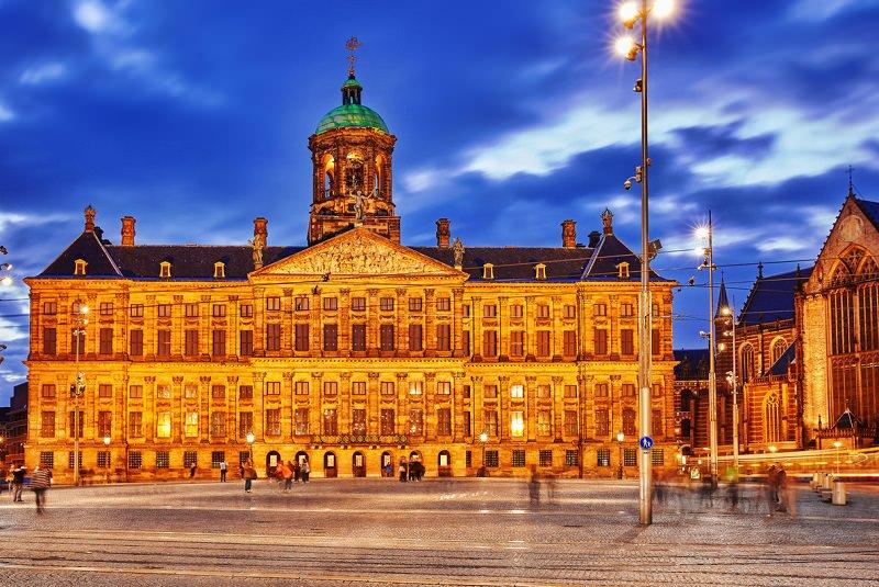 قصر سلطنتی آمستردام