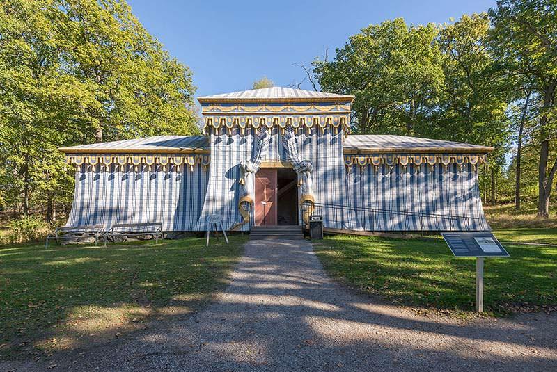 قصر دروتنینگهلم سوئد