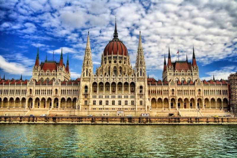 ساختمان پارلمان بوداپست