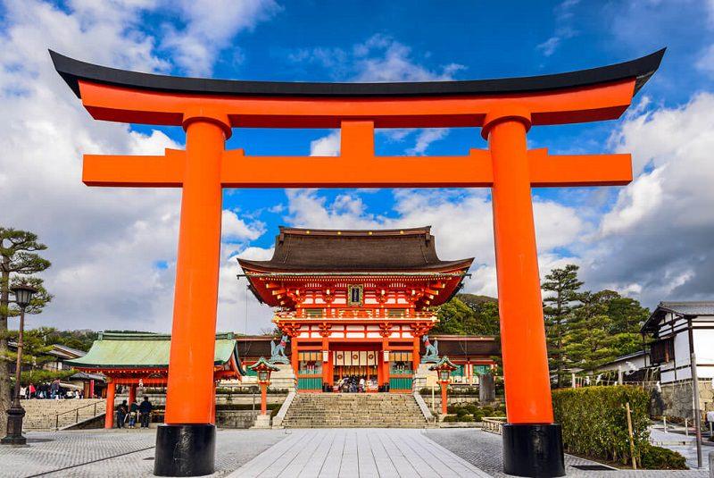 معبد فوشیمی ایناری