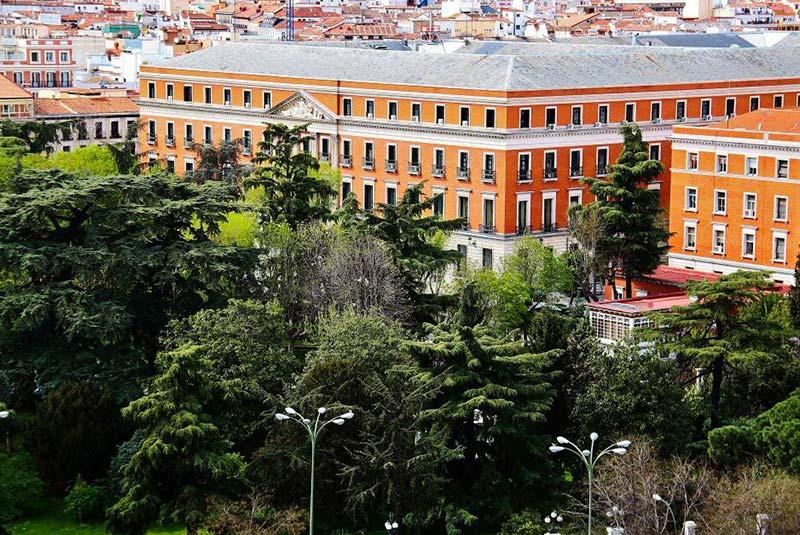 میدان سیبلس مادرید