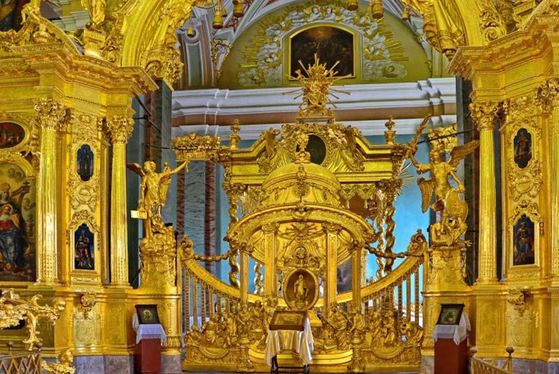 کلیسای پیتر و پل سن پترزبورگ