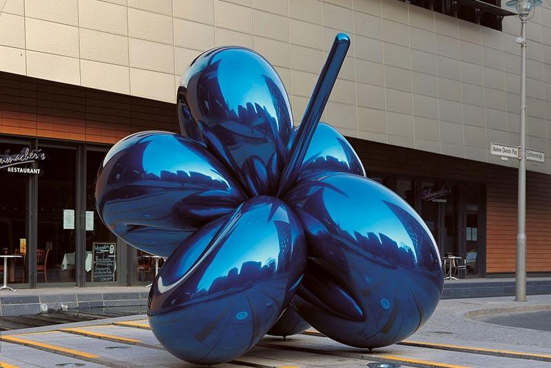 مجسمه گل بادکنکی در برلین