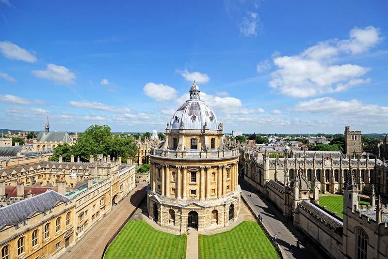 رادکلیف کمرا در آکسفورد