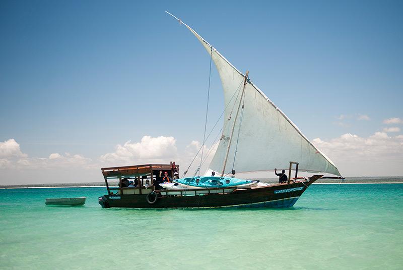 جهار یا قایق سه دکله