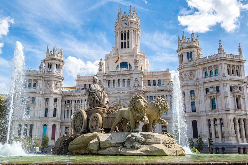 میدان سیبلیس در مادرید