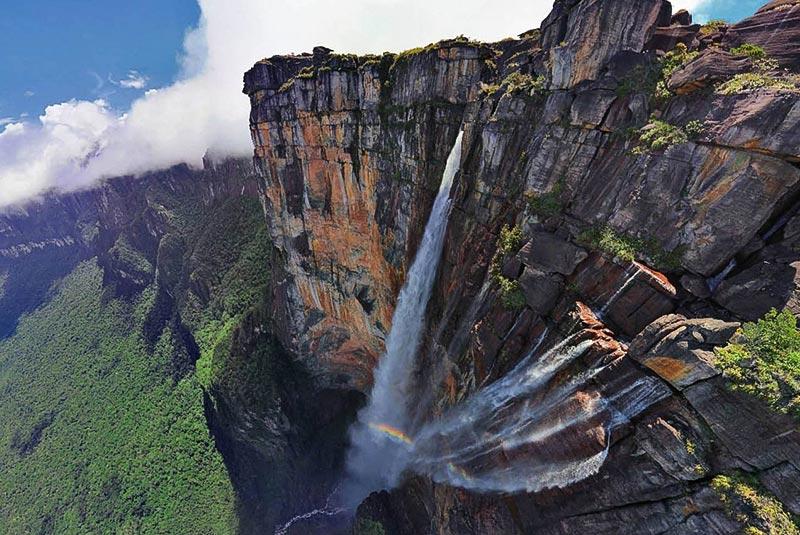 زیباترین مسیرهای پروازی - آبشار آنجل در ونزوئلا