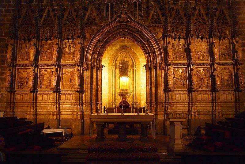 عبادتگاه طلایی جام مقدس والنسیا