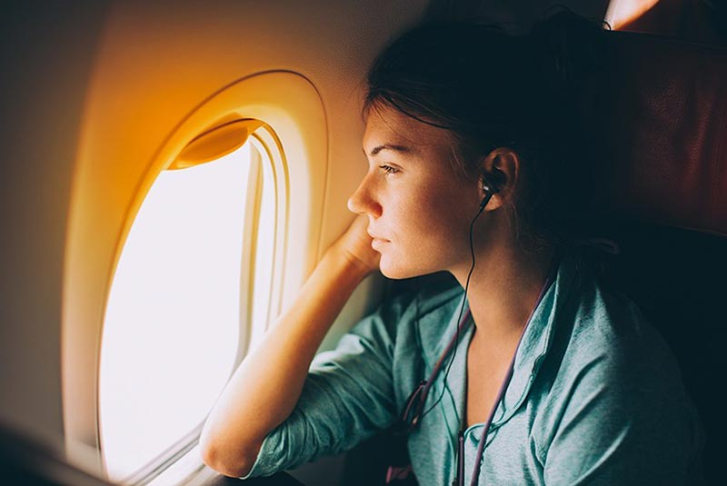 احساس تنهایی و گریه در هواپیما