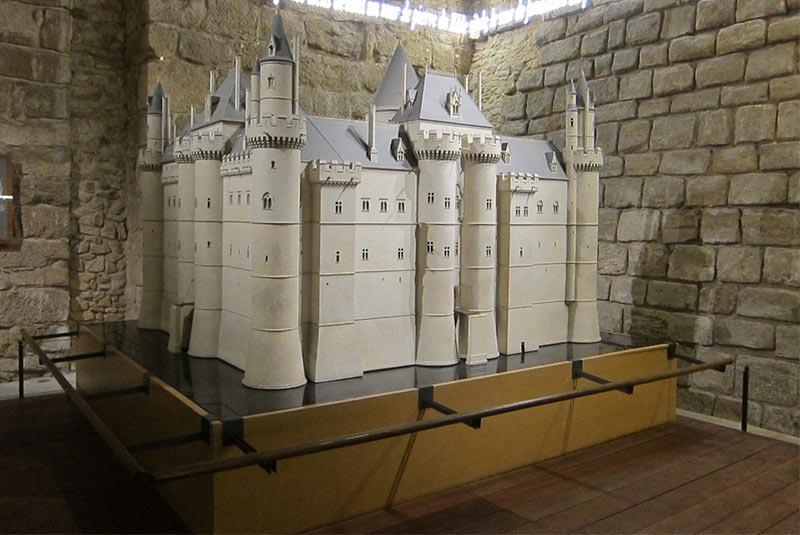 قلعه لوور