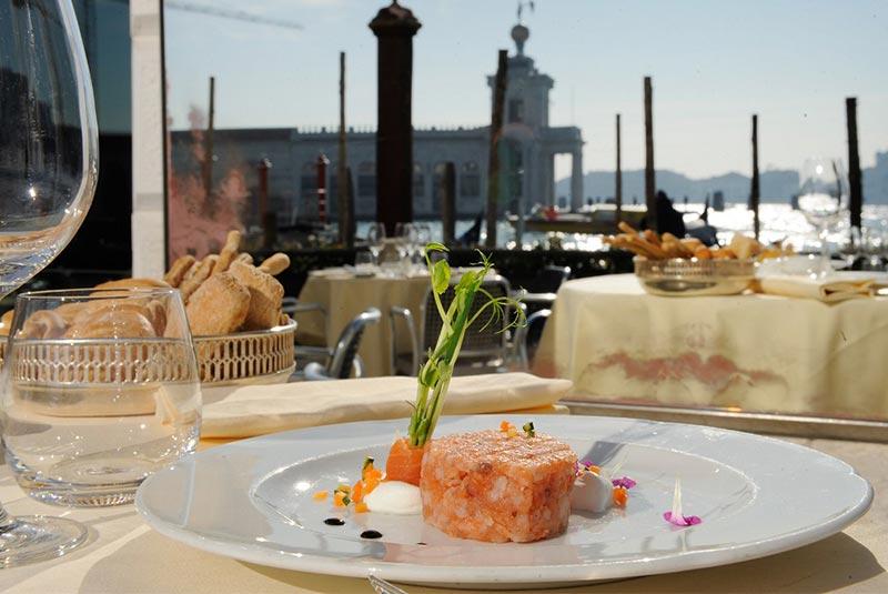 رستوران کانال بزرگ - هتل موناکو