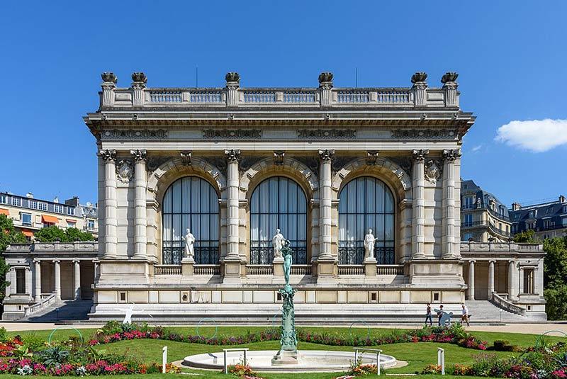 قصر گالیرا پاریس