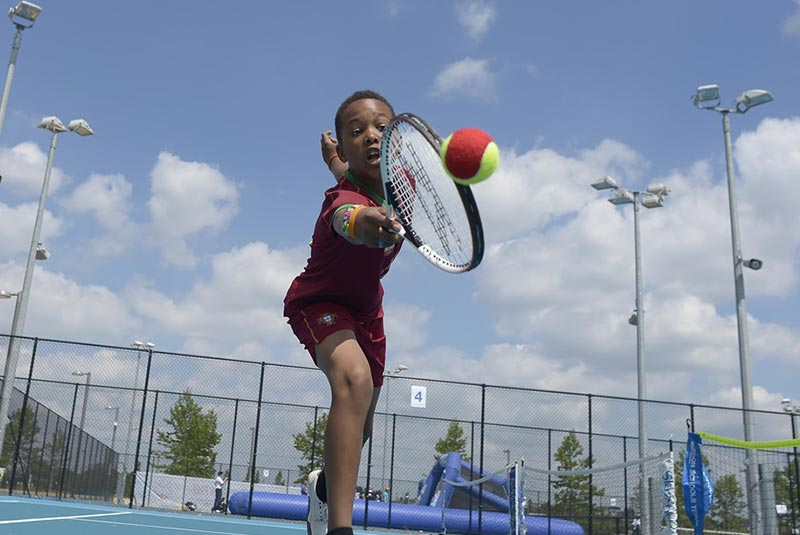 تنیس در پارک ملکه الیزابت