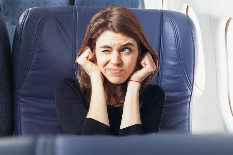 گوش درد حین پرواز