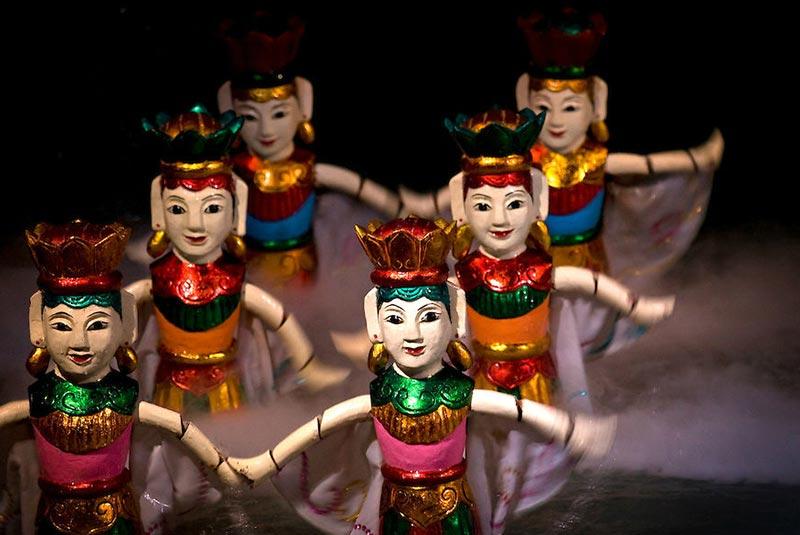 تئاتر عروسکی آبی تانگ لانگ