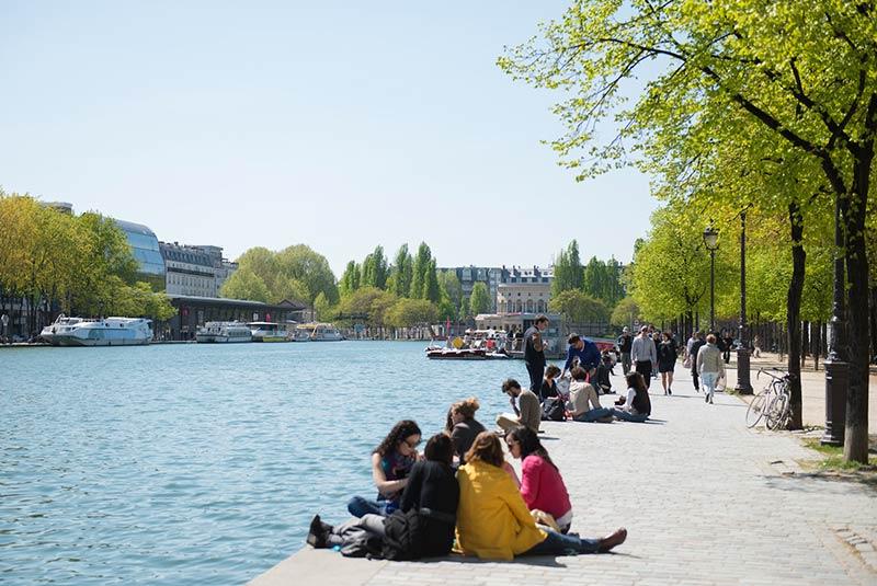 کانال سن مارتن - تماشای مردم پاریس