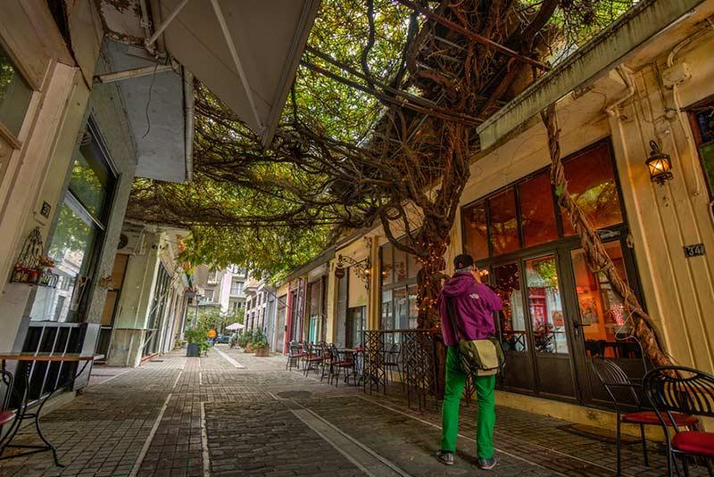 خیابان های باریک شهر قدیمی تسالونیکی