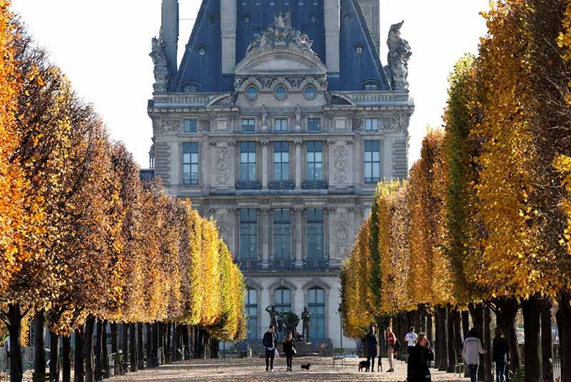 باغ تویلری - تماشای مردم پاریس