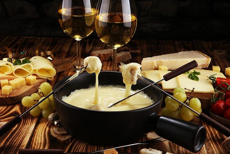 فوندوی پنیر سوئیس