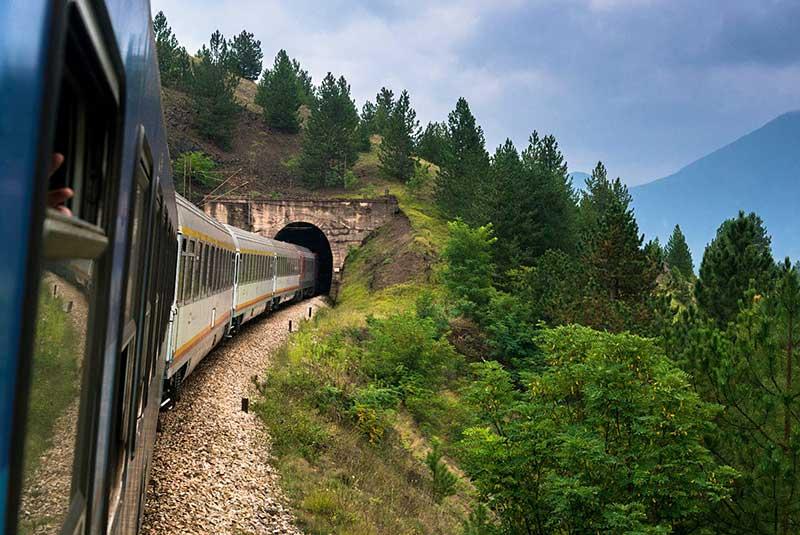 قطار بلگراد-بار
