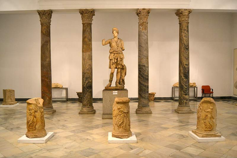 موزه باستان شناسی سویل