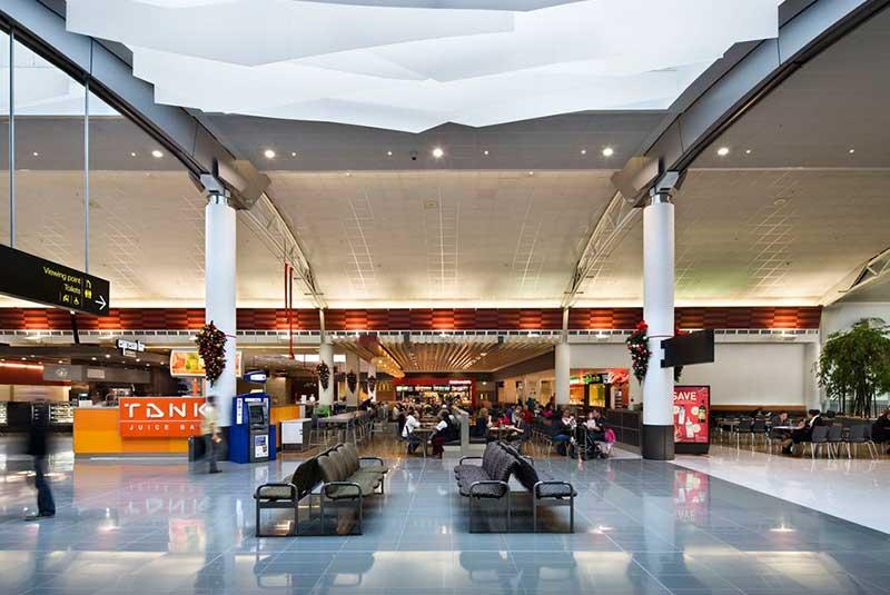 فرودگاه بین المللی اوکلند
