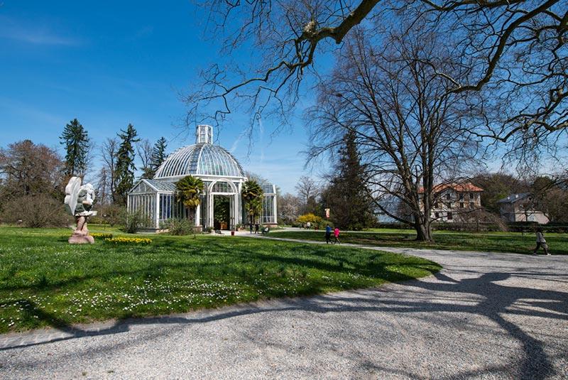 گلخانه و باغ گیاه شناسی شهر ژنو