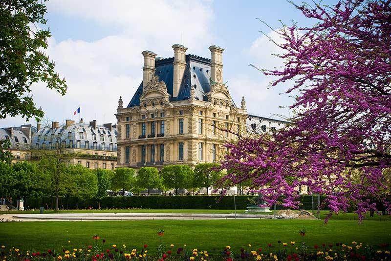 باغ تویلری پاریس در کنار موزه لوور