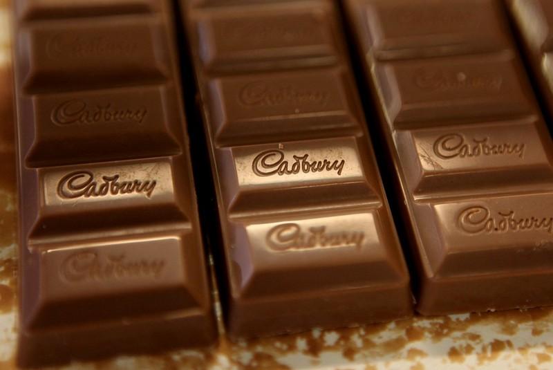 شکلات کدبری سوغات انگلیس