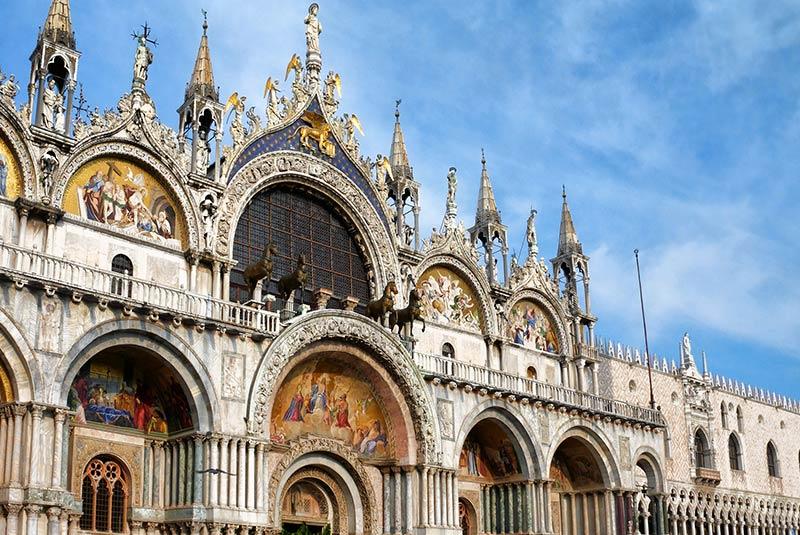 کلیسای سن مارکو - معماری بیزانس