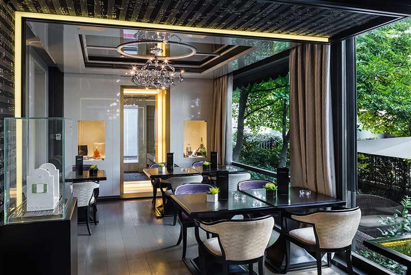 هتل بالیونی کارلتون در میلان