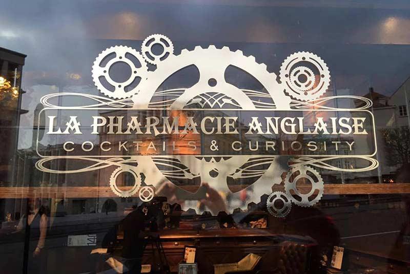 کافه انگلیس فارمسی در بروکسل