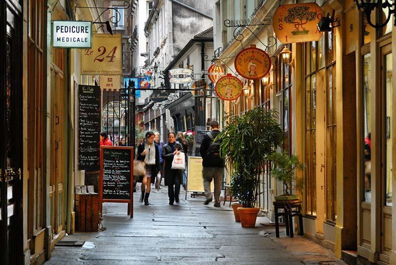 مراکز خرید ارزان پاریس - خیابان کومرس