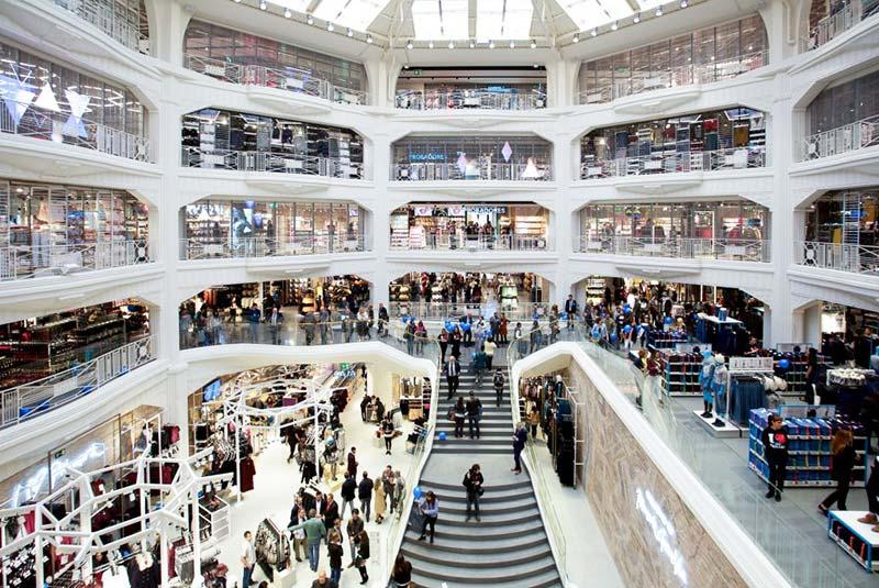 مرکز خرید پریمارک در خیابان گران ویا مادرید